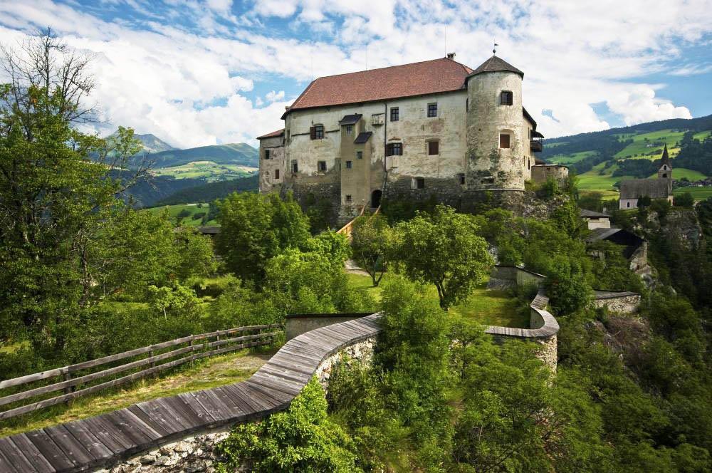 Schloss Rodenegg-Schluchtgenwanderung